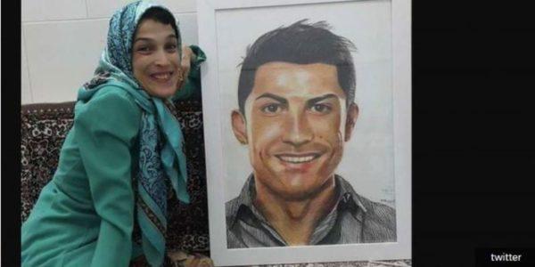 Wanita Penyandang Disabilitas Lukis Wajah Ronaldo